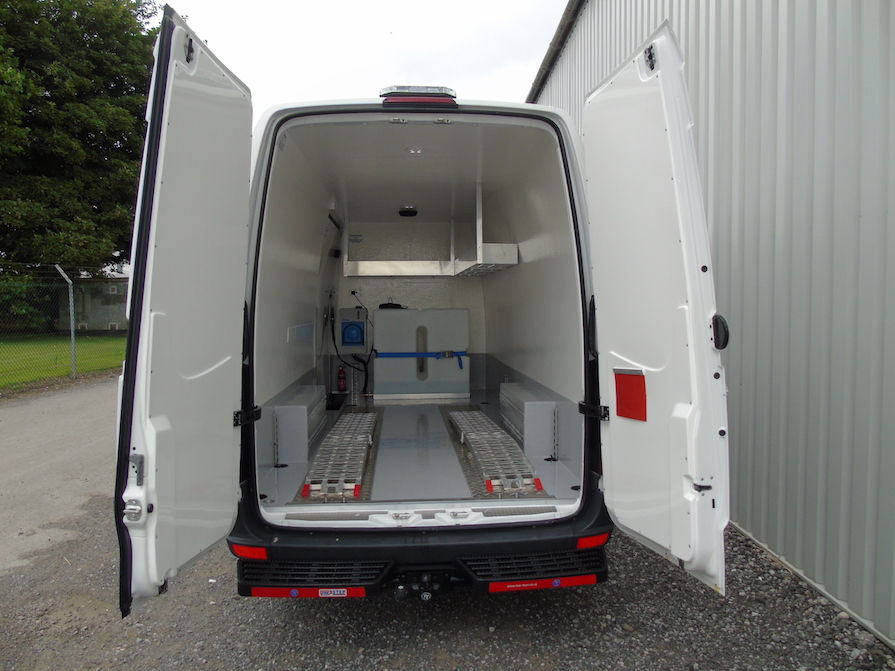 Mercedes-Benz Sprinter LWB Hygienic Water Tank Conversion: Code 045