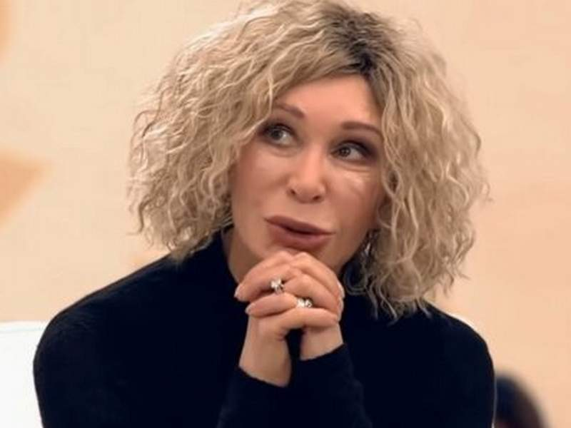 Новости дня: Актриса Татьяна Васильева госпитализирована с COVID-19