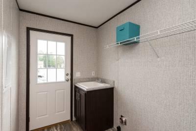 Essentials A25002 Utility Room