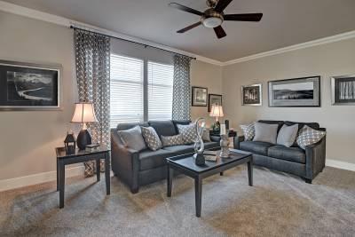 Redman Homes, Lindsay, California, Living Rooms