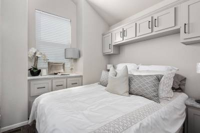 Royal 239 Bedroom