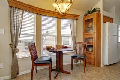 Royal 213 dining room