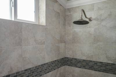 Silvercrest Craftsman, California - master bath rainfall shower