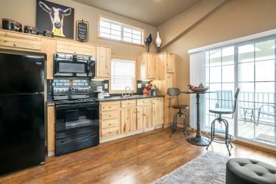 Park Model RV 522 kitchen
