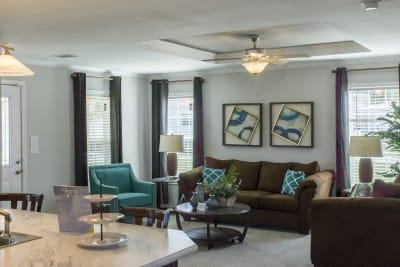 Signature 4523A living room