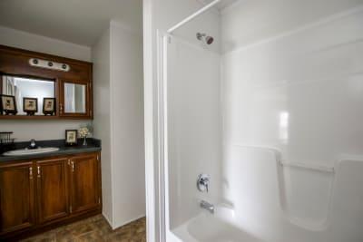 CN844 master bathroom