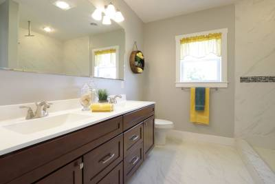 Excel Homes, The Charles, master bath