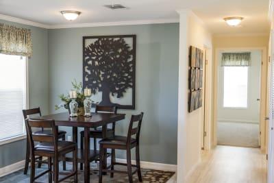 SIG4442C dining room