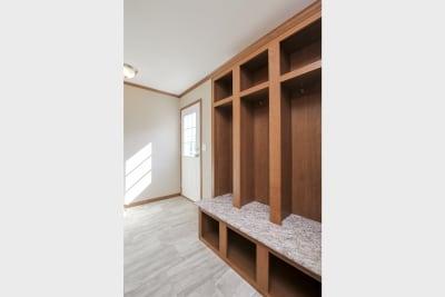 Essentials A25609 utility room