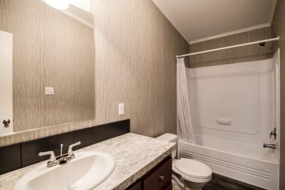 Rio Grand XL bathroom