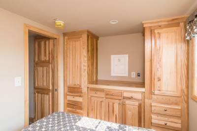 522 Bedroom