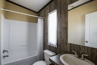 Paluxy bathroom