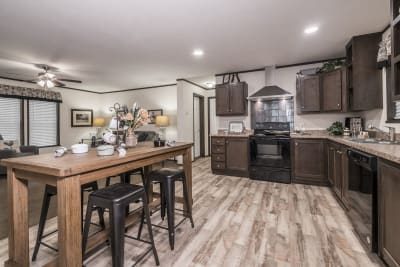 Foundation 2852-901 kitchen