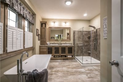 New Moon 7205 master bath