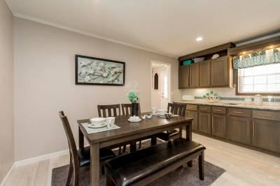 Essentials E25211 Dining Room