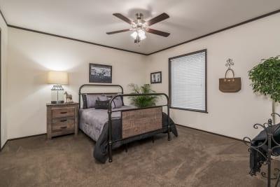 Foundation 2852-901 master bedroom