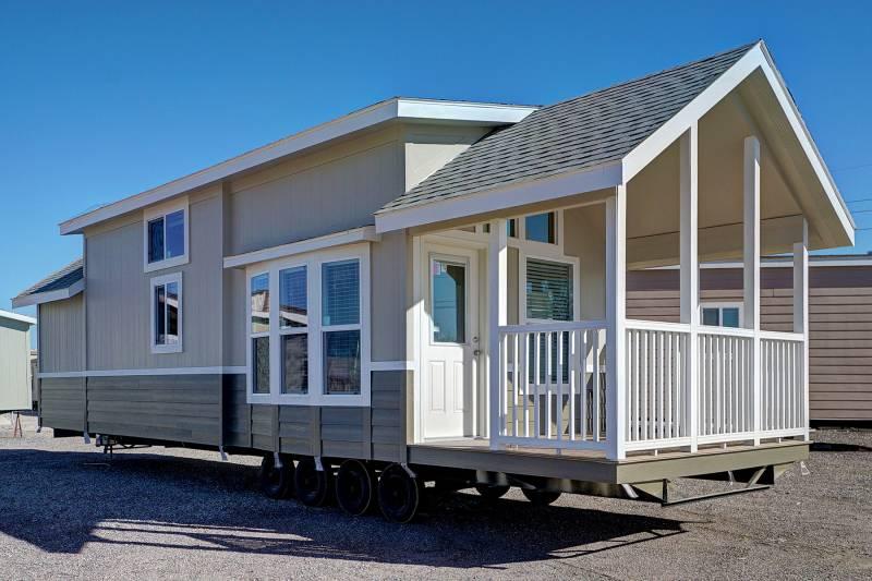 Royal 239 athens park model rvs champion homes arizona - Champion home exteriors glassdoor ...