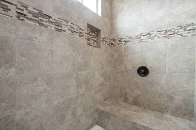 Silvercrest Kingsbrooks, California - master bath shower detail