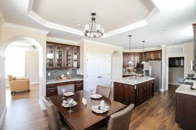 Silvercrest Kingsbrook, California - kitchen and dining room