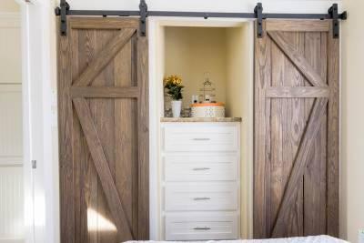 closet doors 1