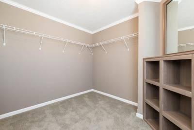 master closet 1
