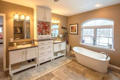 New Era, Lakeport modular home, master bathroom