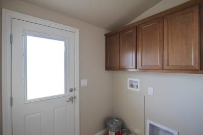 Bradford BD-07 utility room