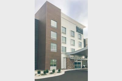 Fairfield Inn & Suites exterior