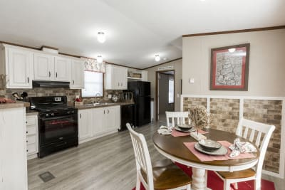 The Wentz 492B kitchen and dining area
