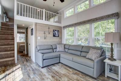 A905LE Living Room