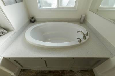 Master Bathroom Tub 1