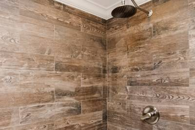 Amazon bath with rainfall shower