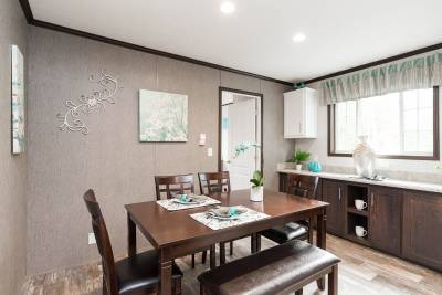Essentials A25002 Dining Room
