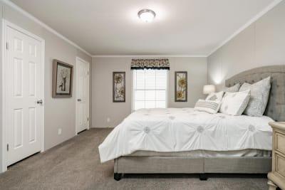 Gold Star 2868 245 master bedroom