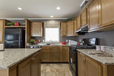Highland Estates 2854-3L kitchen