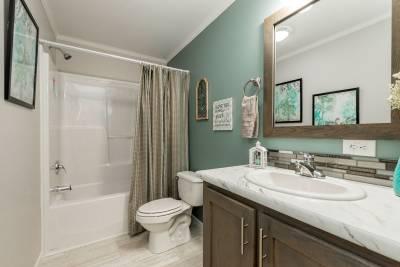 Essentials E25211 Bath