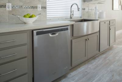 Silvercrest Kingsbrook, California - stainless steel appliances, kitchen sink