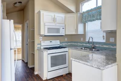 Redman Homes, Lindsay, California, Park Model RVs