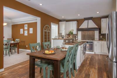 New Era Mulberry kitchen and dining room