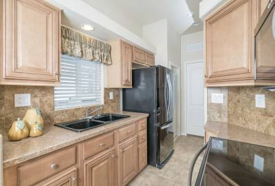 Champion Homes, Chandler, Arizona, Kitchens