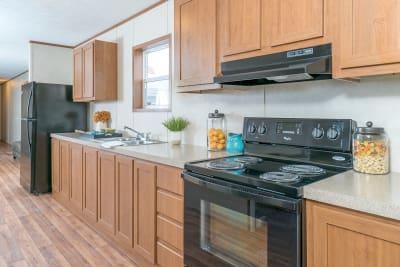 Advantage L37625 by Redman Homes kitchen