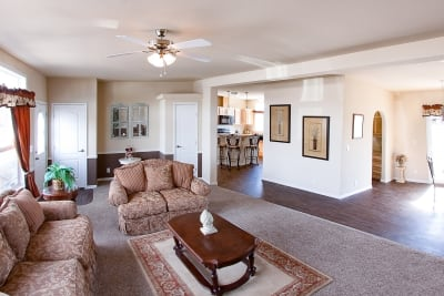 Huntington 887 living room