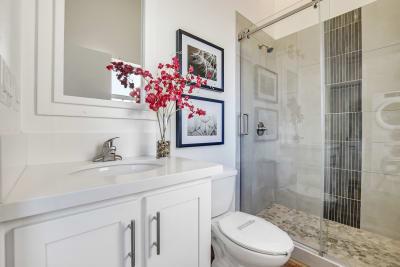Urbaneer ADU by Genesis Homes - bathroom