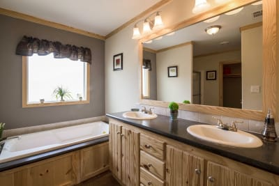 Brazos XL master bathroom
