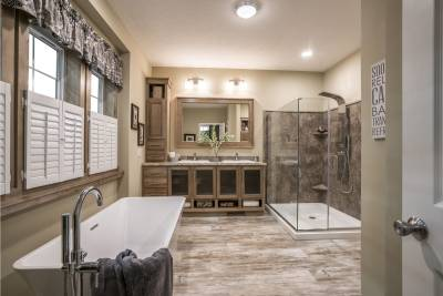 Redman Homes, Topeka, Indiana, bathrooms