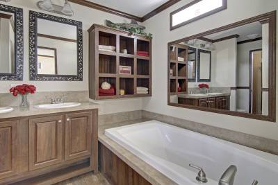 champion Homes, North Carolina,South Carolina, Virginia, manufactured, modular homes, master bathroom