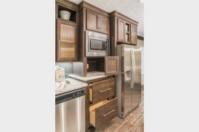 Ridgecrest Ultimate Kitchen Two convenience center and pots and pans drawers
