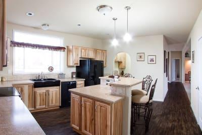 Huntington 887 kitchen
