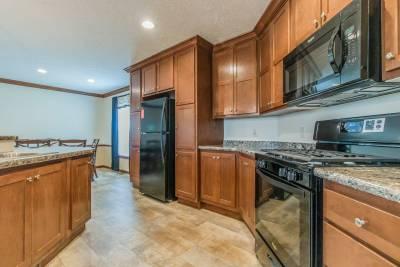 Arlington 2226 kitchen