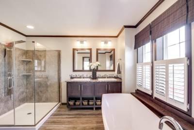 Redman Homes, Ephrata PA, Radiant Spa Bath